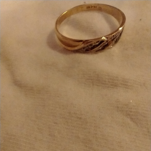 Small gold band